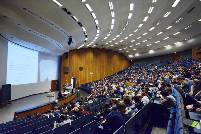 A glimpse into the lecture hall
